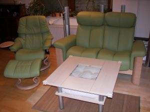 Stressless_Couch_Wizard(2Sitzer_hoch_LederPalomaGreen)_SesselReno(M)_1