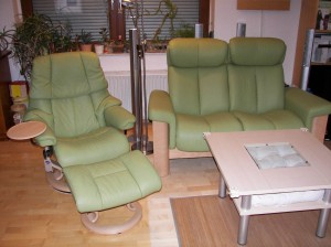 Stressless_Couch_Wizard(2Sitzer_hoch_LederPalomaGreen)_SesselReno(M)_2